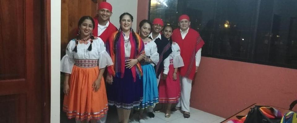 PARTICIPACIÓN DEL GRUPO DE BAILE DE LA PARROQUIA VICTORIA EN LAS FIESTAS PATRONALES DE SAN PEDRO Y SAN PABLO.